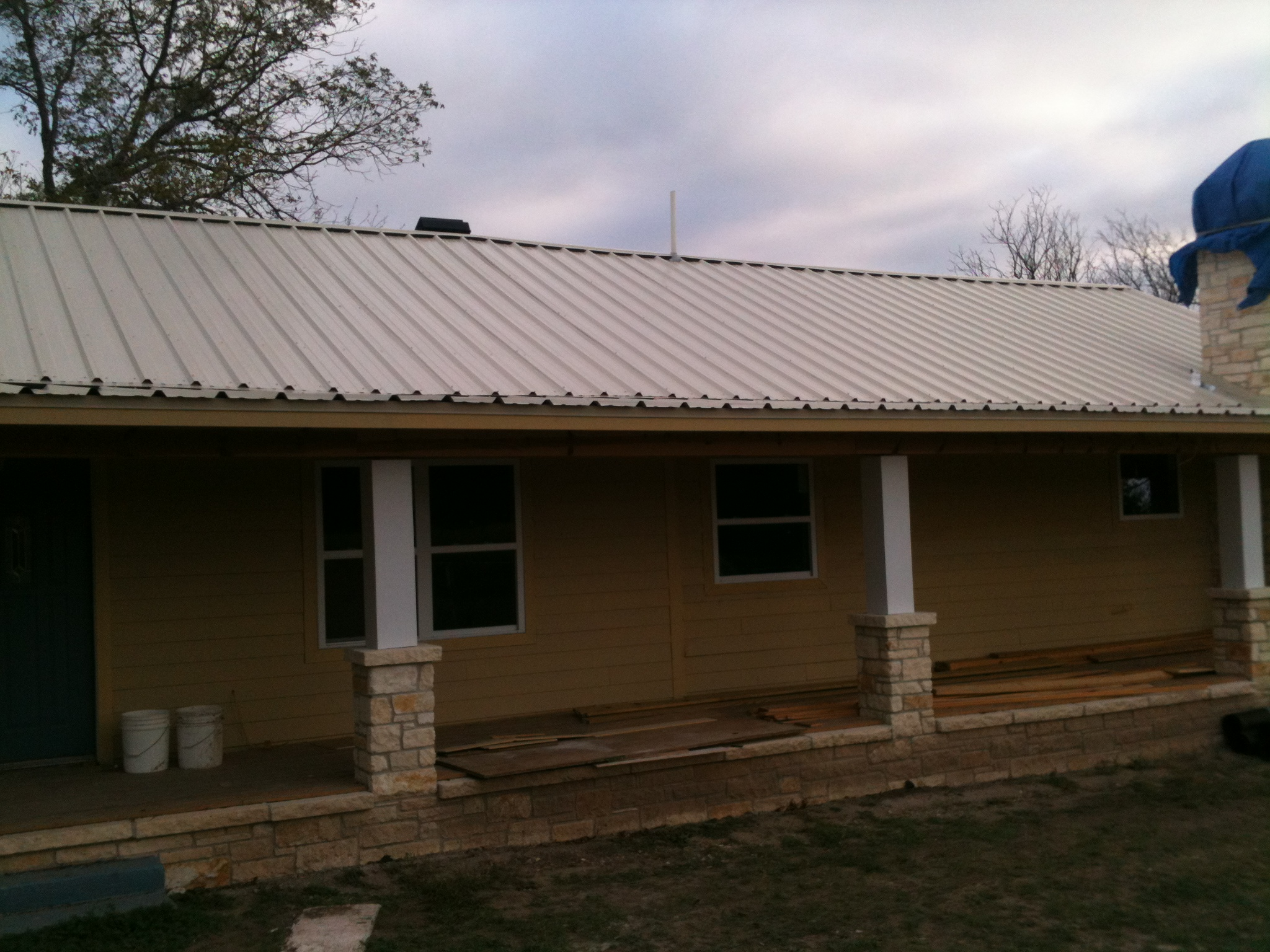 Metal Roof Construction - Waco and Central Texas